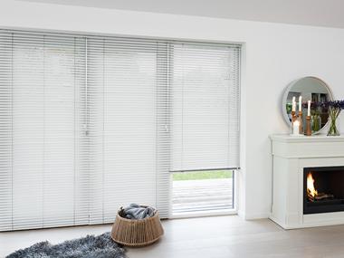 Opdateret Rengøring af gardiner - Guide til rengøring af gardiner TN52